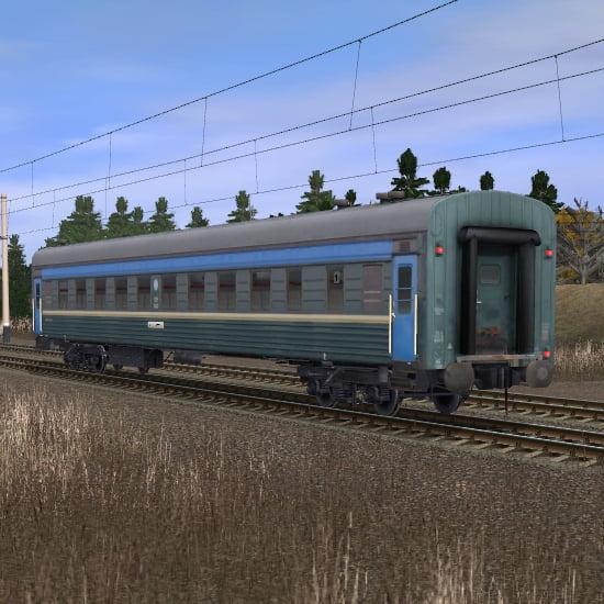 Зелёно-синий пассажирский плацкартный вагон 2